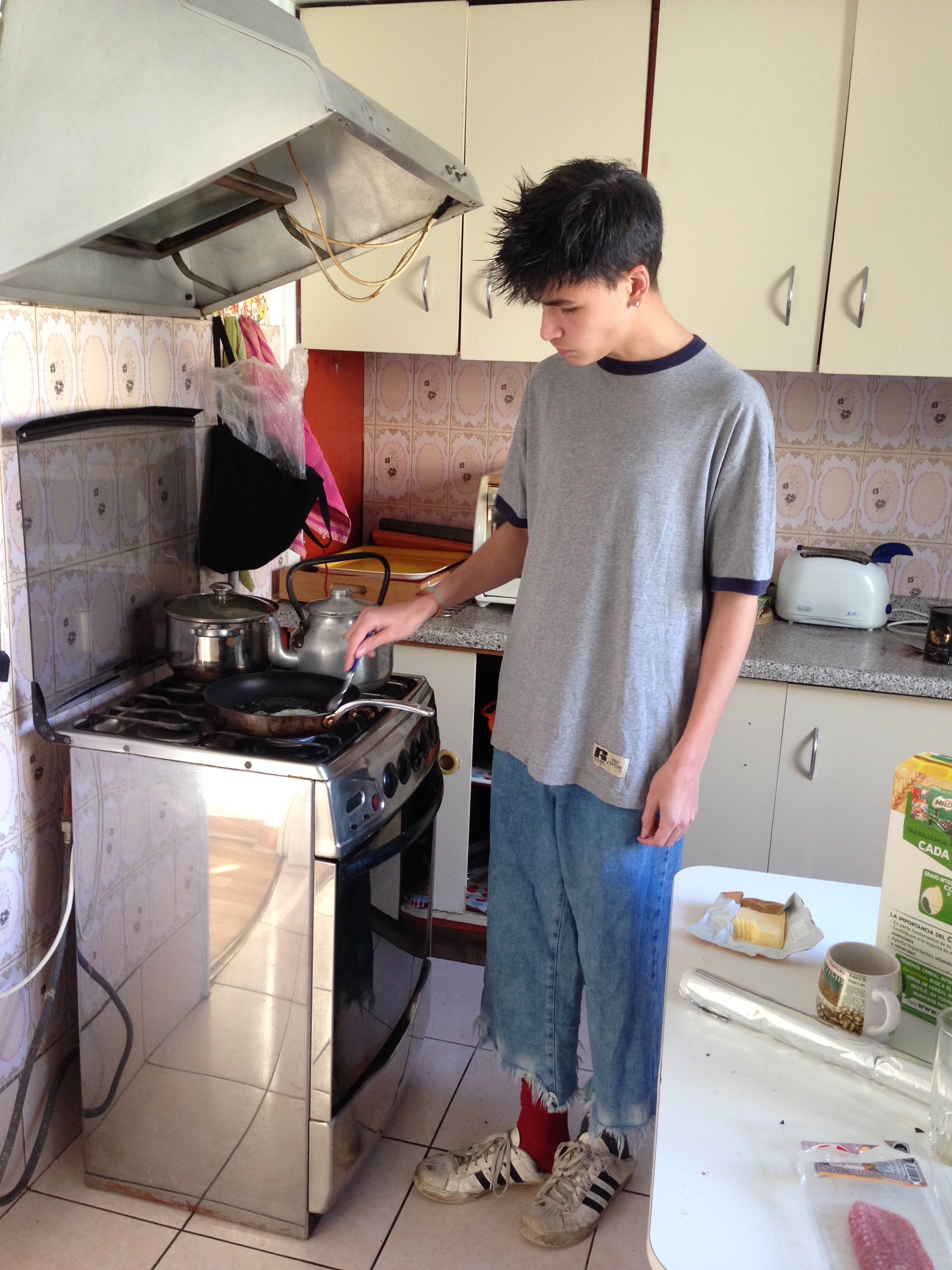 Nicolai Makes Breakfast
