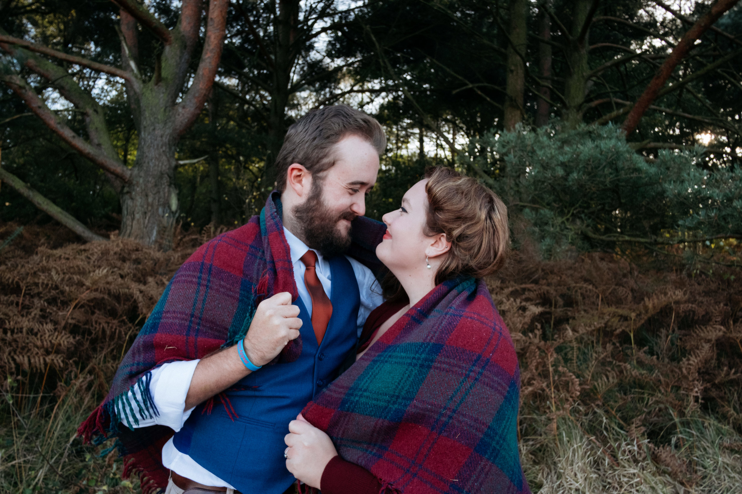 Woodland Engagement Shoot with blanket