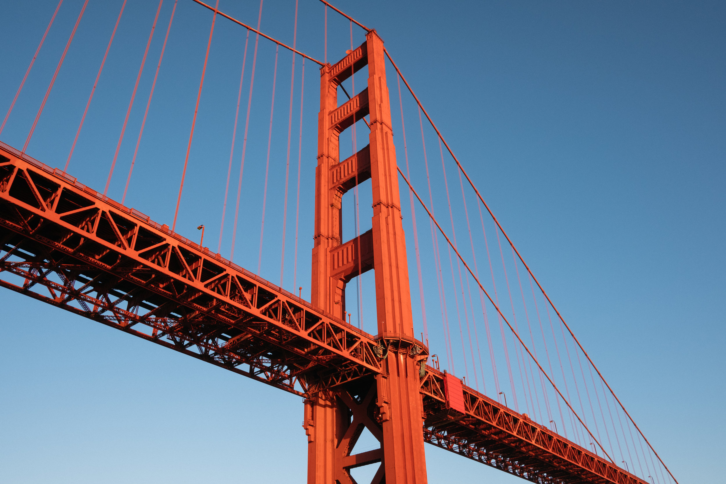 Close up of Golden Gate Bridge