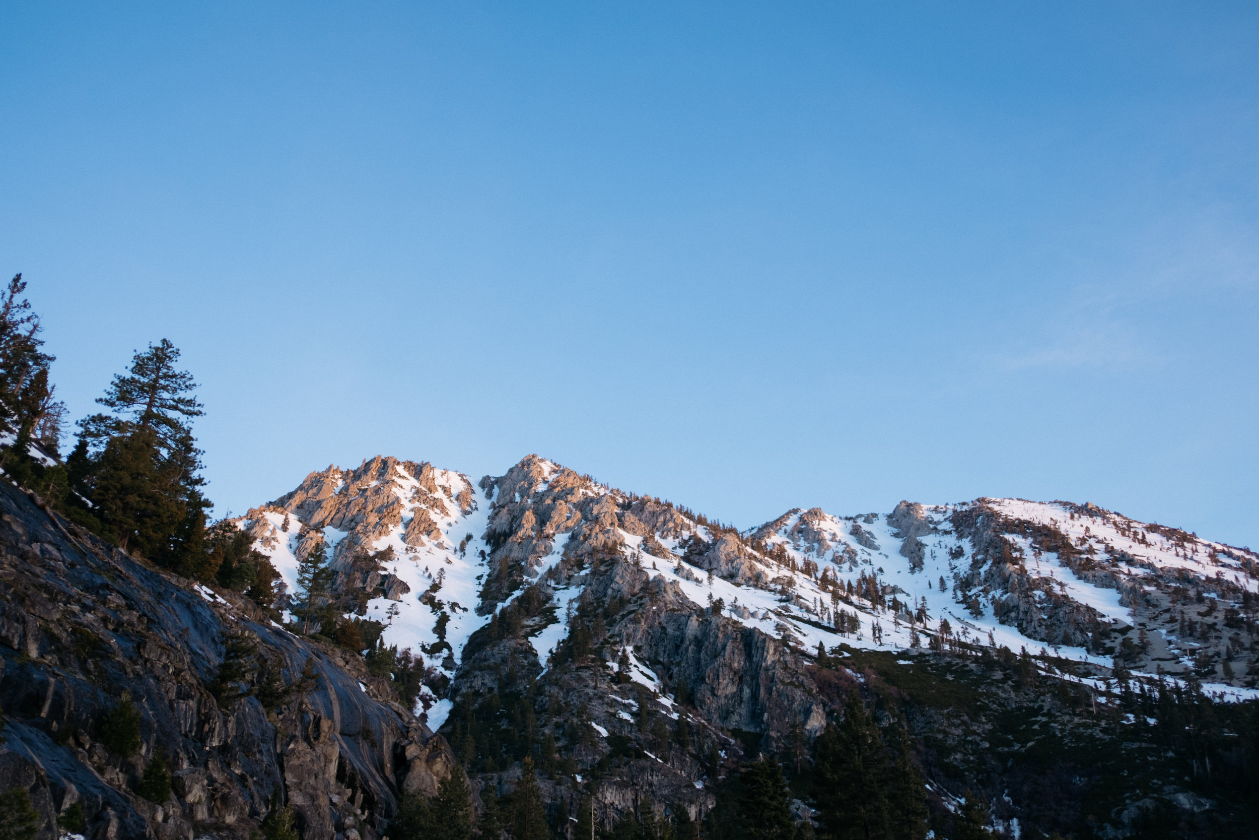 Mountains around Lake Tahoe at sunrise