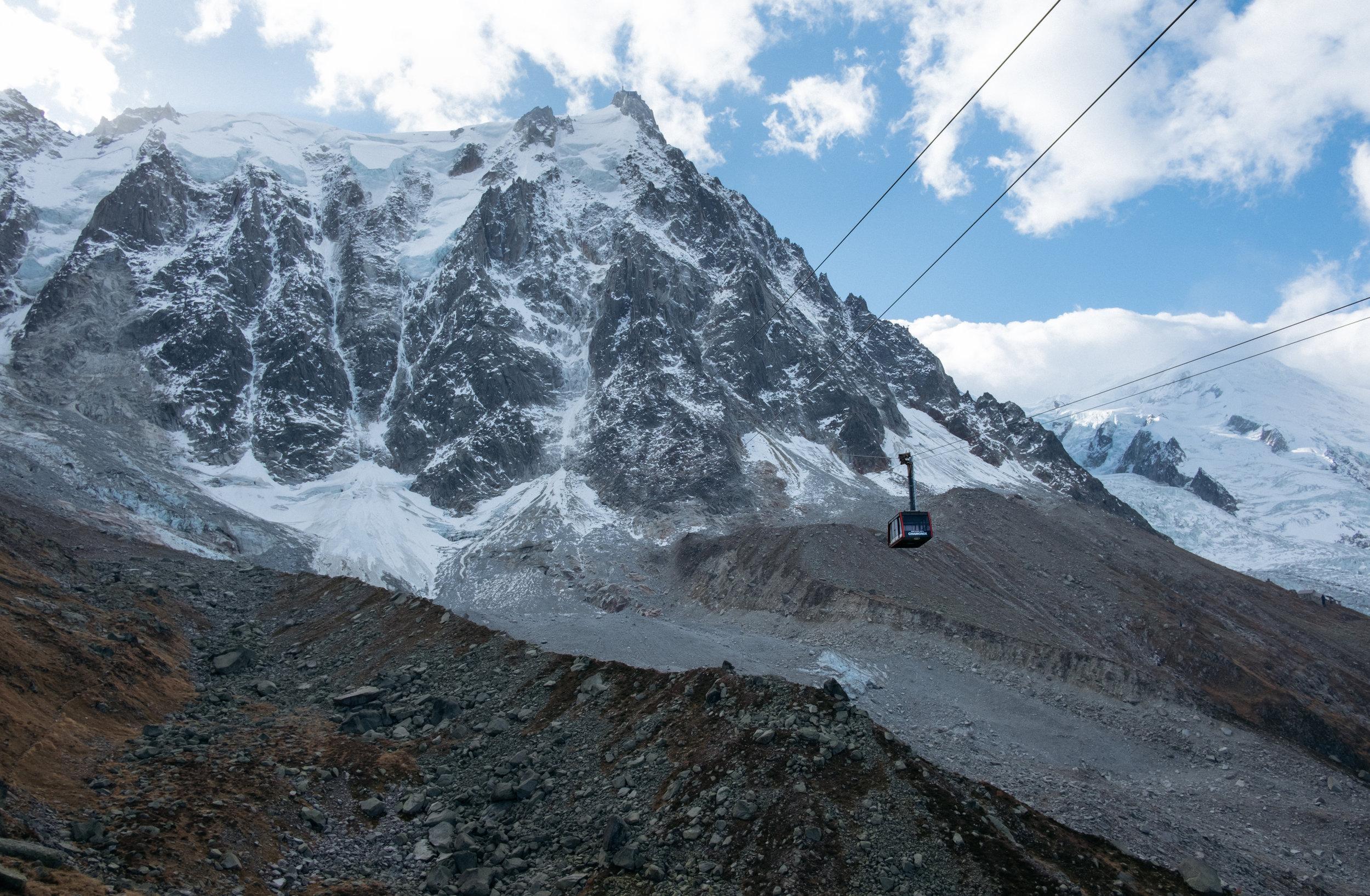 l'aiguille du midi cable car and Mont Blanc massif