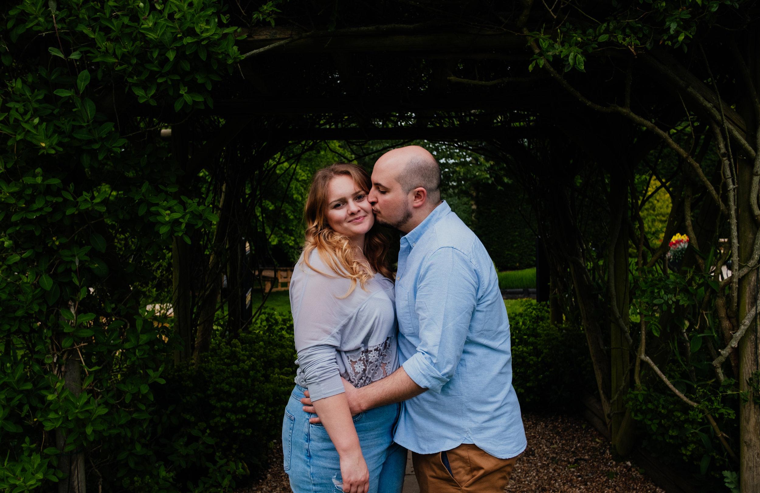 Couple shoot at Rumbolds Farm