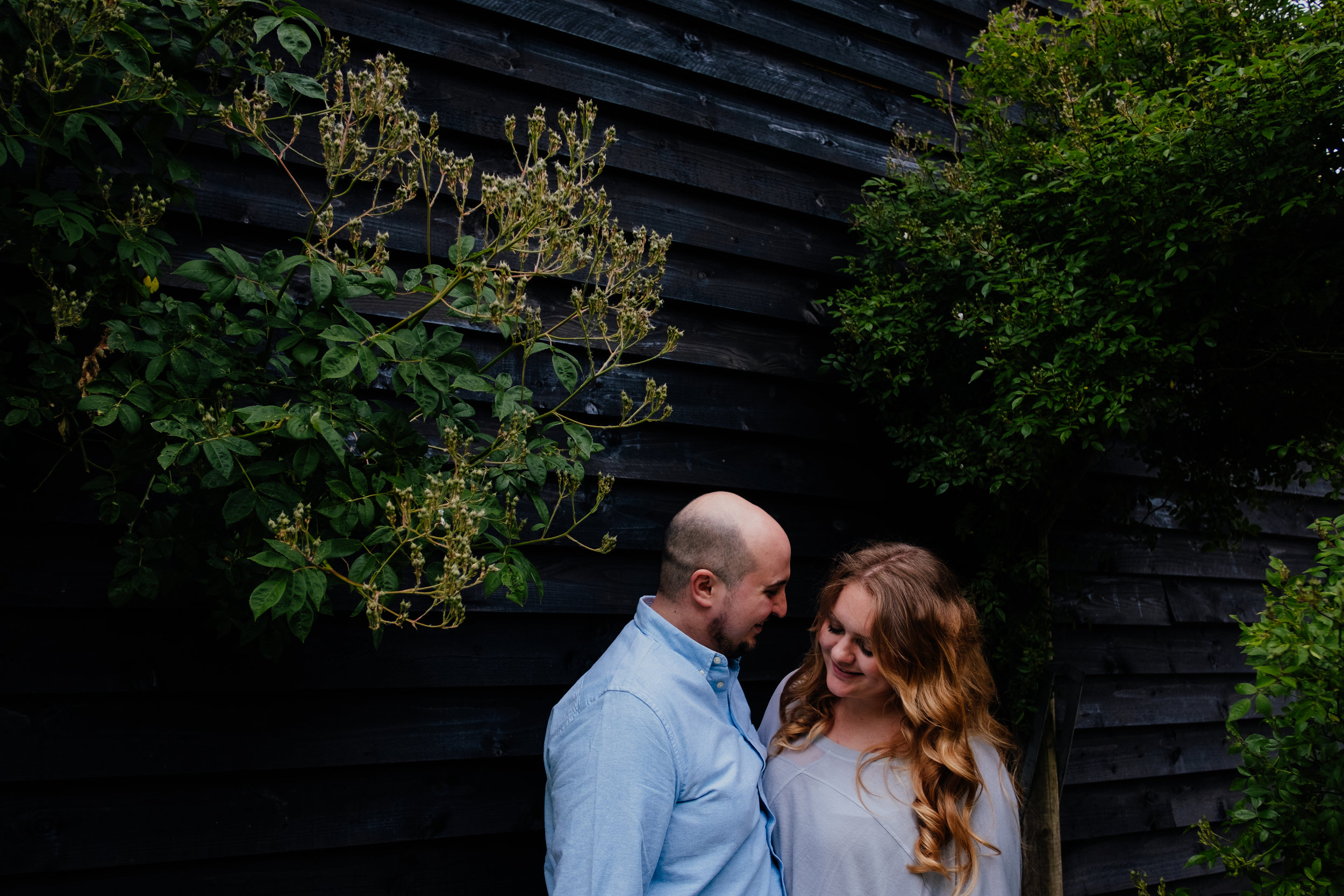 West Sussex wedding photography | Couple shoot at Rumbolds Barn wedding
