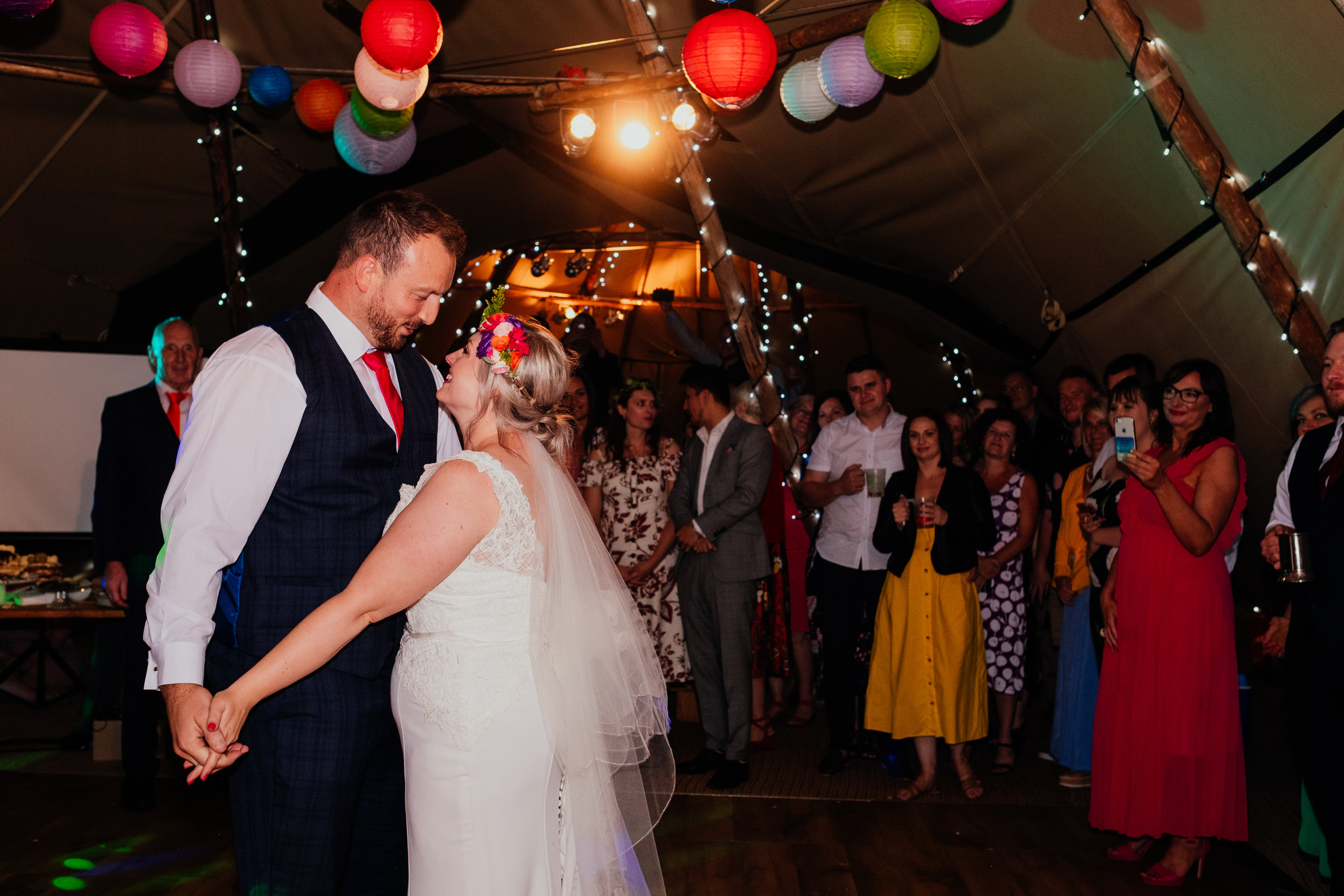 Bride and groom first dance at Four Oaks Farm wedding