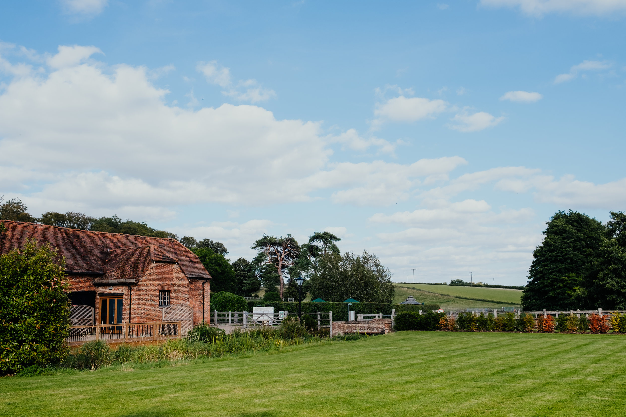 Tewin Bury Farm summer wedding