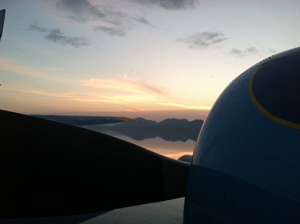 alaska_travel_airplane_sunset.jpg