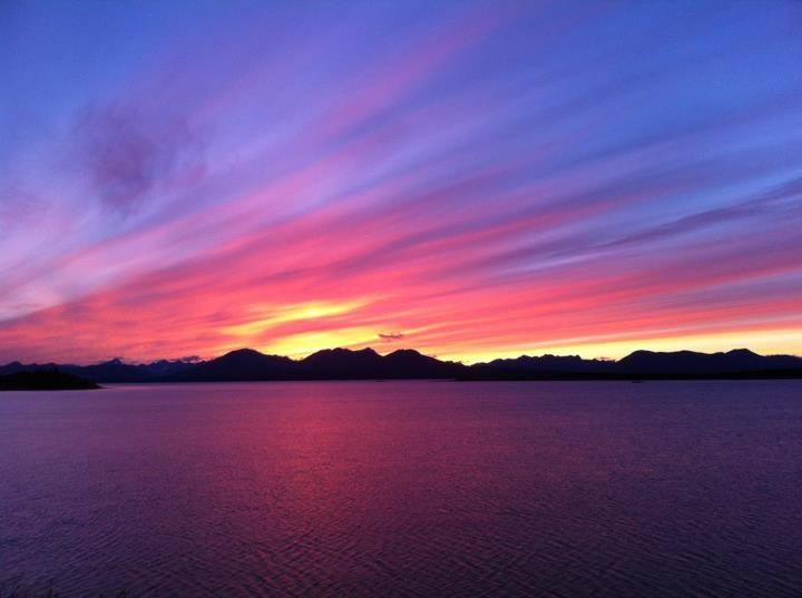 pretty_sunset_alaska_water_travel_guide_alaska.jpg