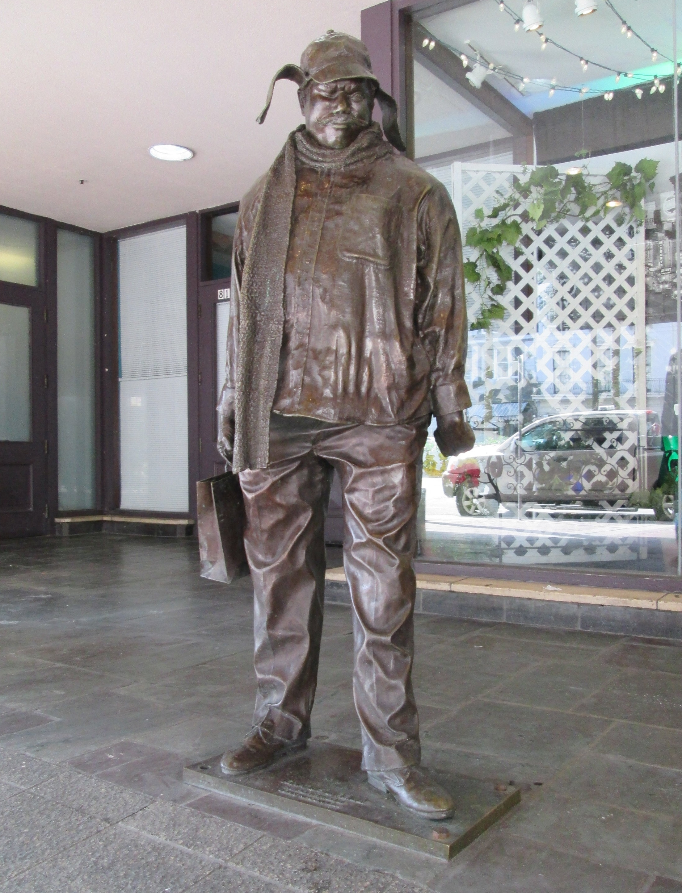 Statue of Ignatius J. Reilly in front of the Hyatt Centric on Canal Street