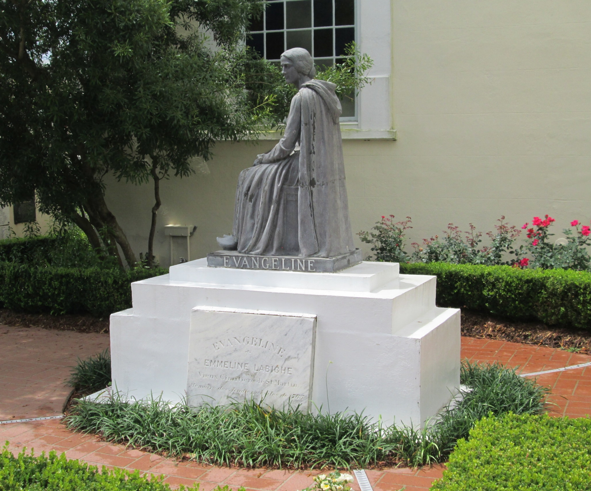 A statue of Evangeline
