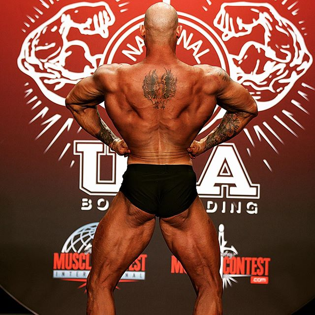 Two essential truths- defense wins championships and Bodybuilding Shows are won from the back. Happy #humpday