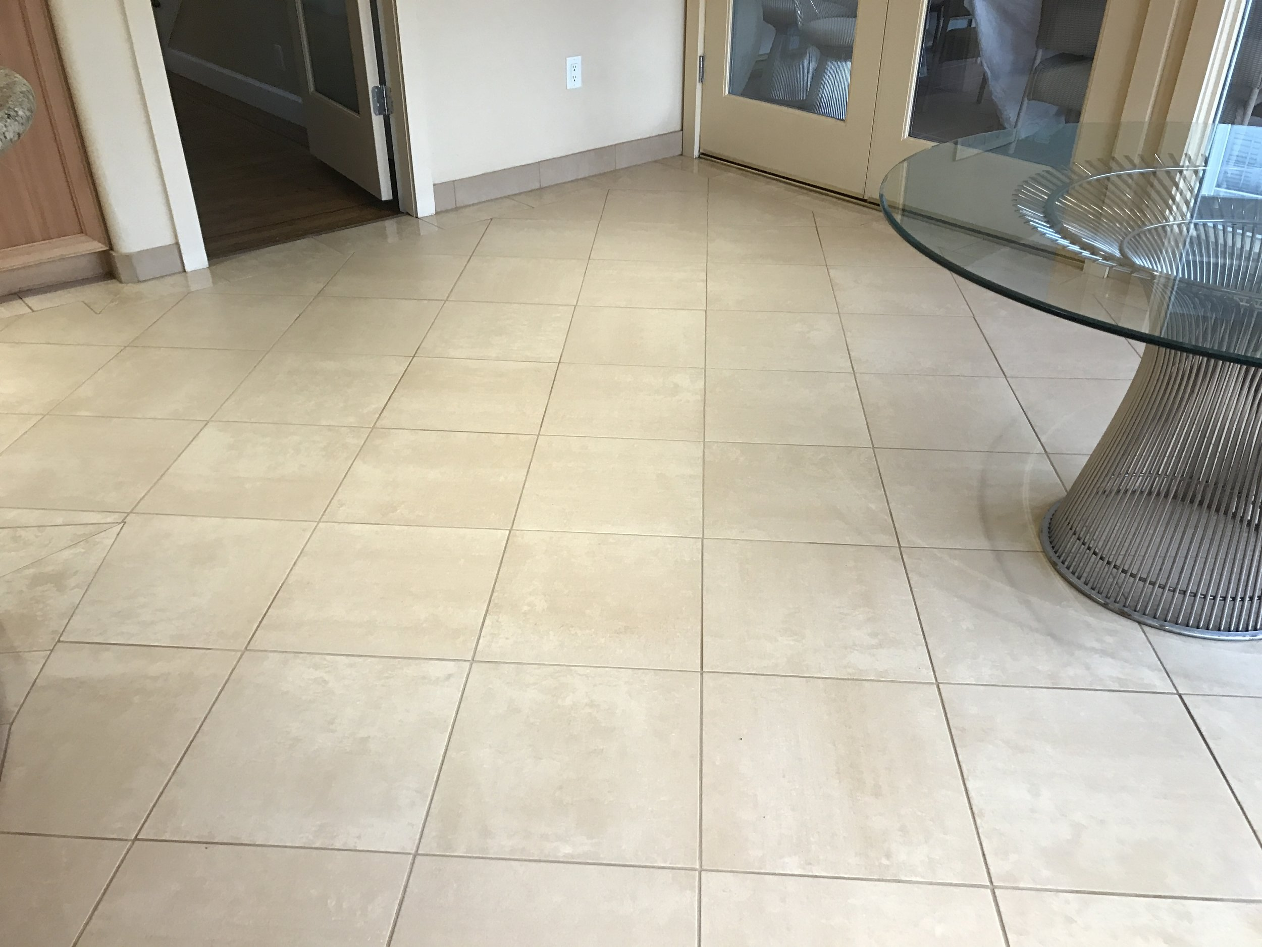 Kitchen floor Tile and Grout Cleaning AFTER.