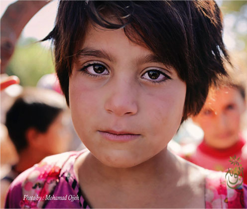 Syrian Girl in Atmeh Camp, Syria - photo by Mohamad Ojjeh - 2013