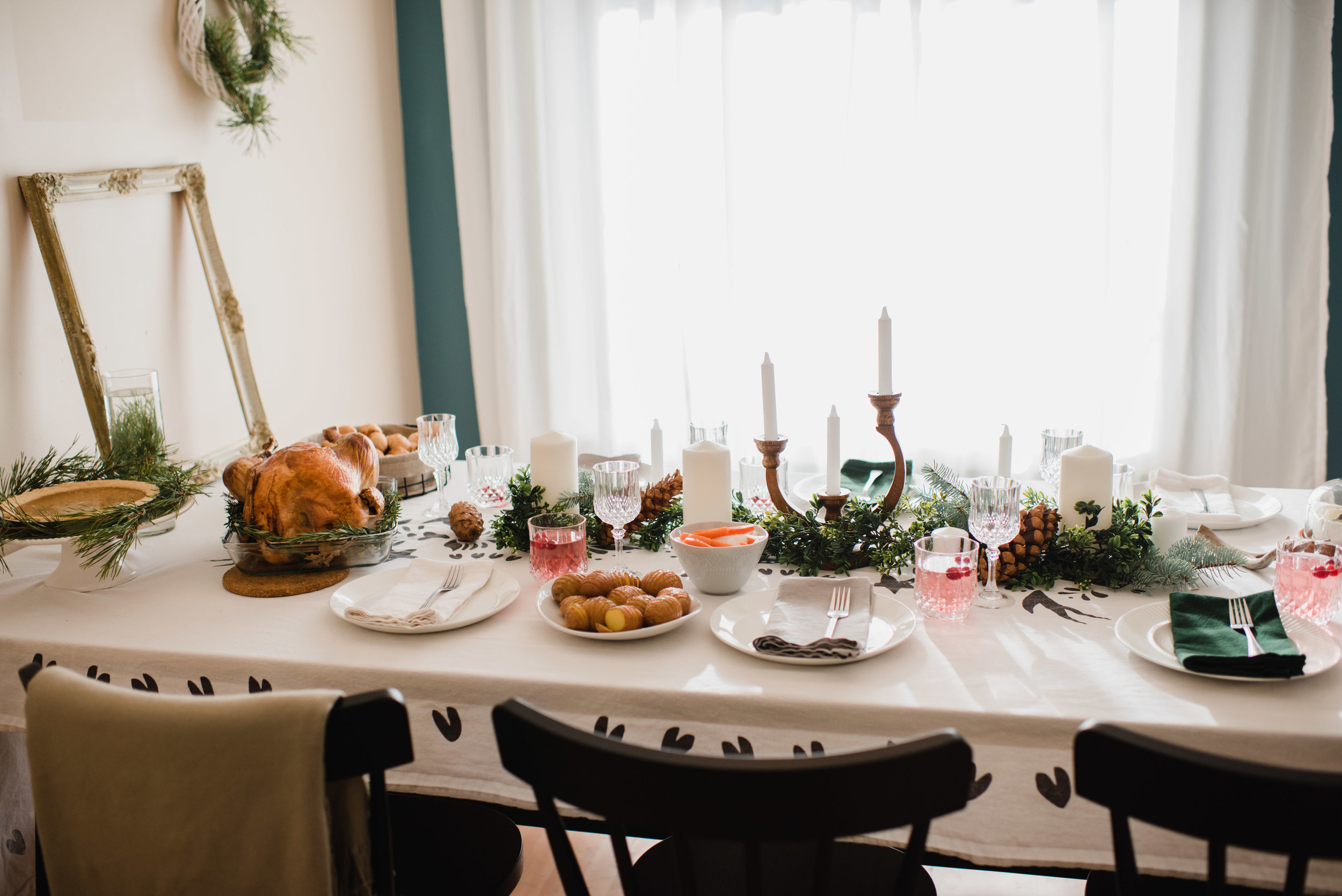 Holiday gathering recipes by The Nomadic Wife | Emilie Iggiotti Photography