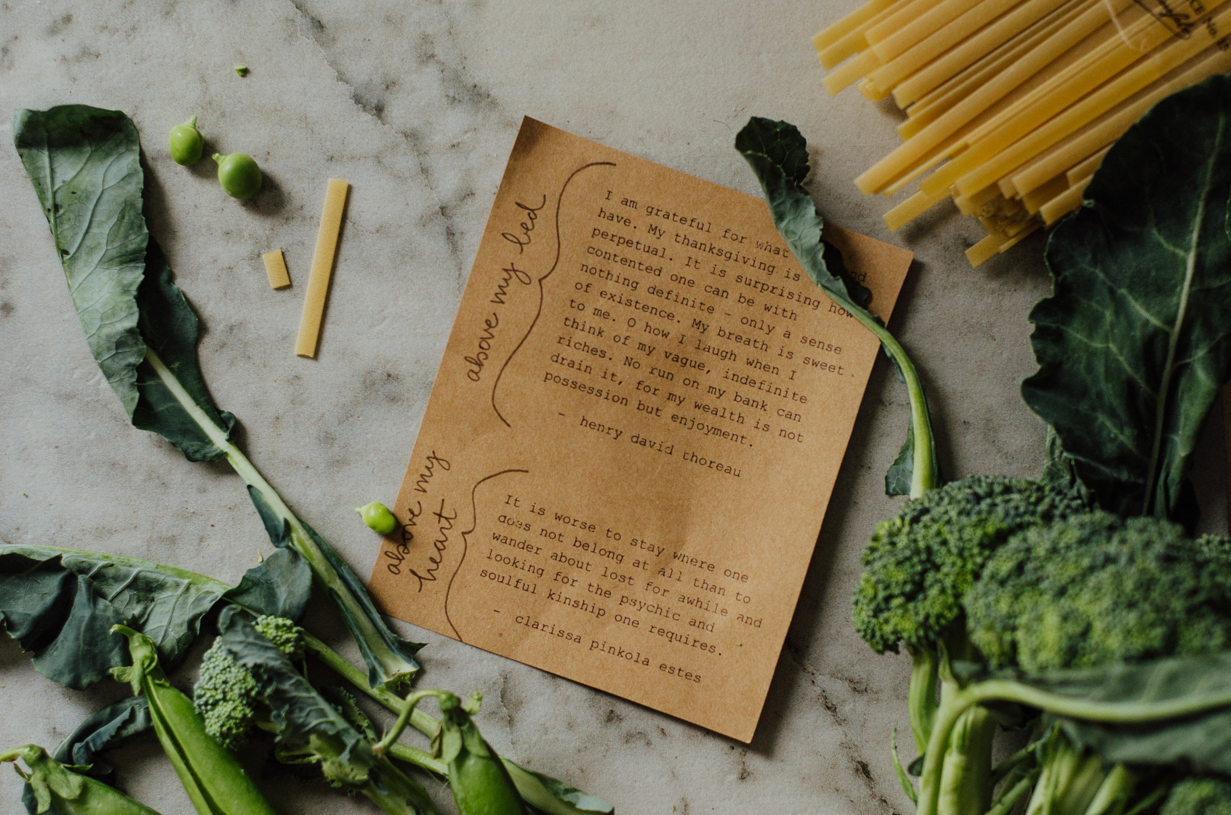 MEL × RIVERBEND: Fettuccine alfredo with broccoli and summer peas - the nomadic wife - riverbend gardens