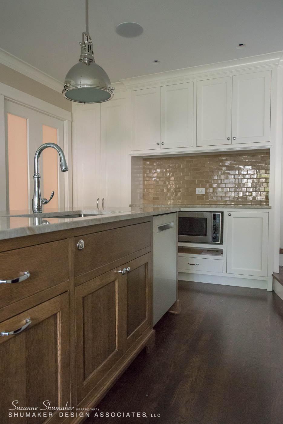 Kitchen islandss.jpg