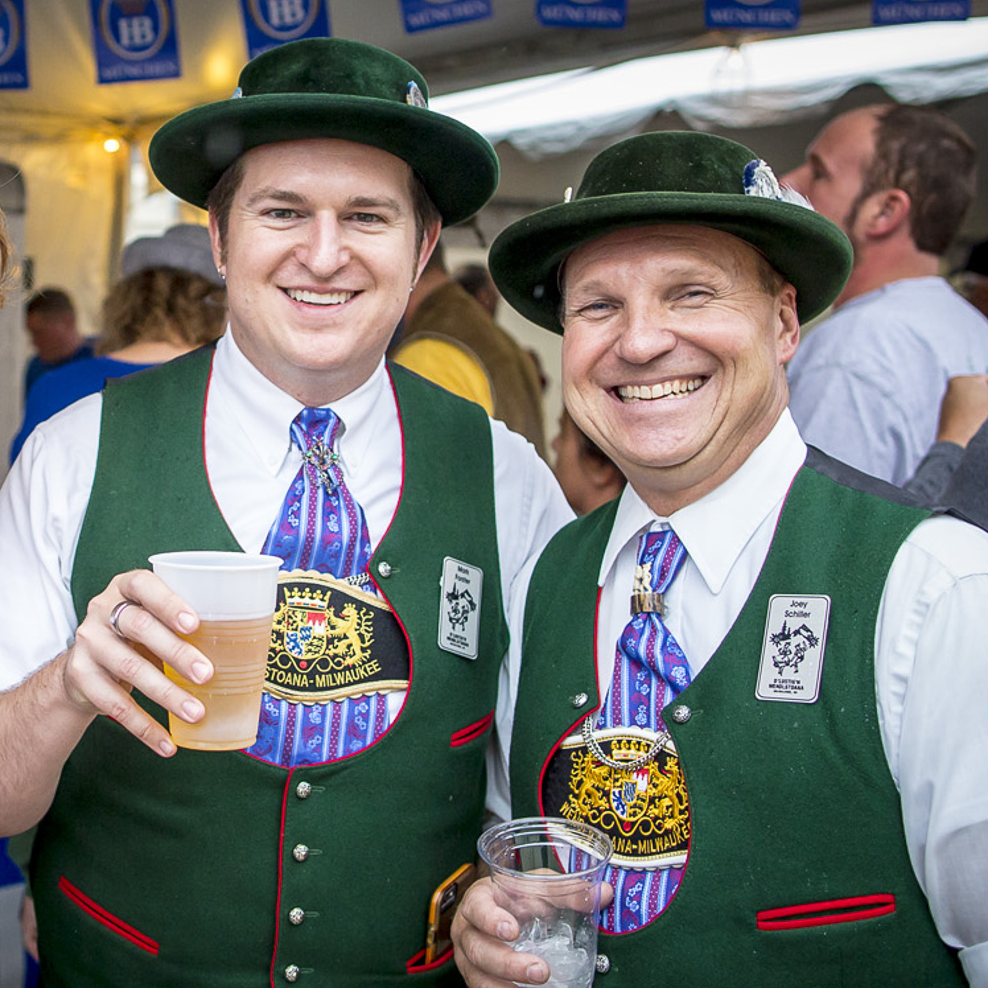 VOLUNTEER - Earn FREE food, T-shirts and Beer!Bier schlepping, registration and other positions available.