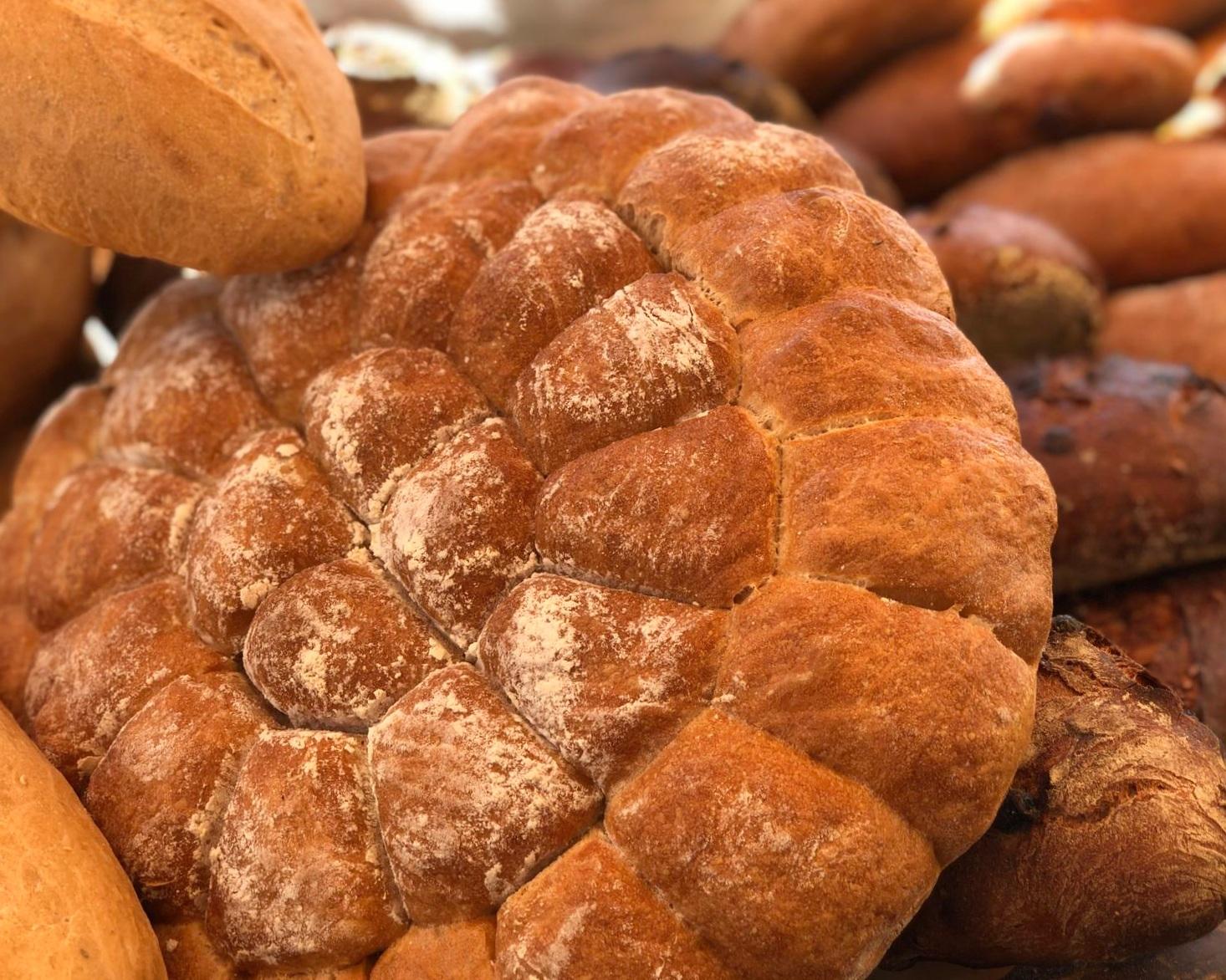 bread wheel at farmers market
