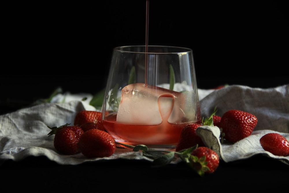 Strawberry_Negroni.jpg