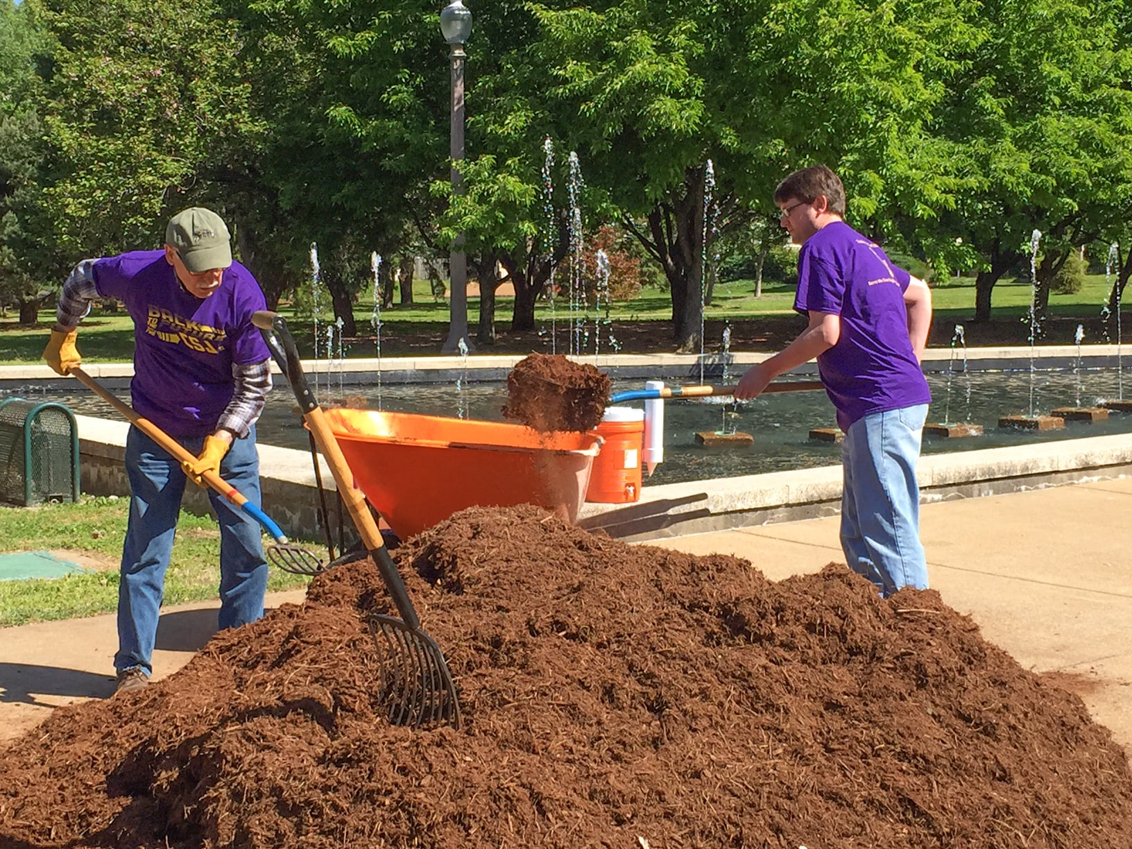 Fontbonne University Park Project Day