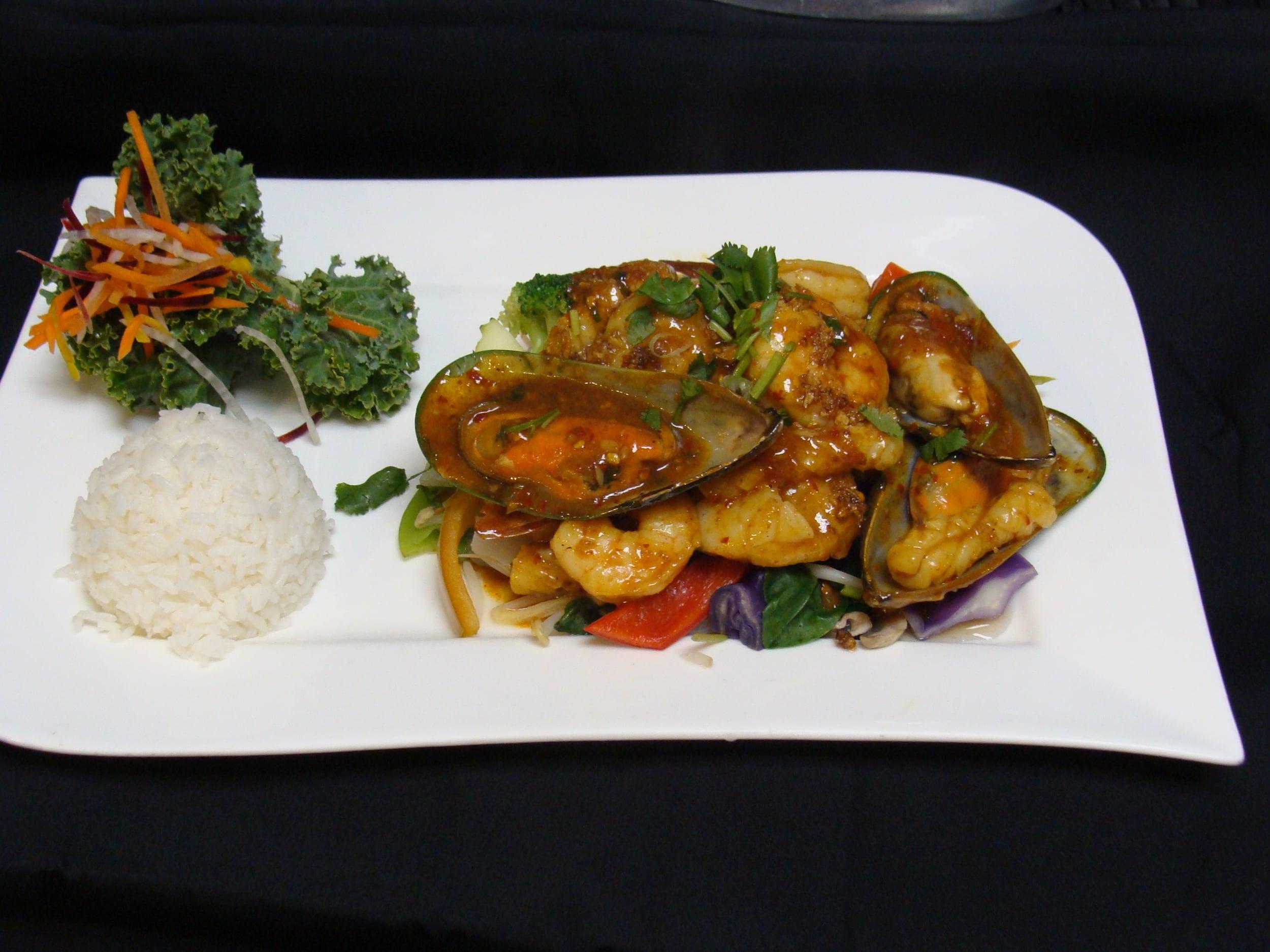 Garlic Pepper Seafood
