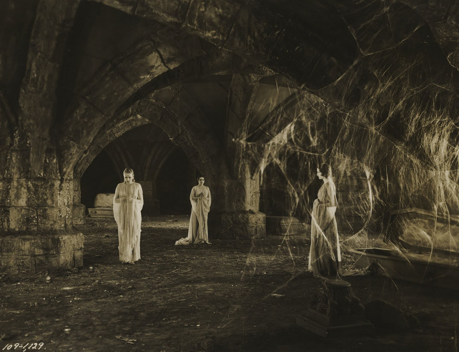 The brides of Dracula from Tod Browning's  Dracula  (1931).