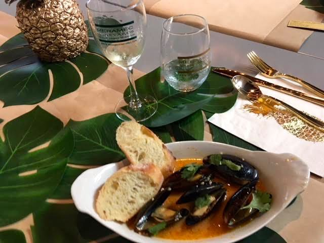The first course was steamed muscles in a scrumptious tomato and garlic sauce.