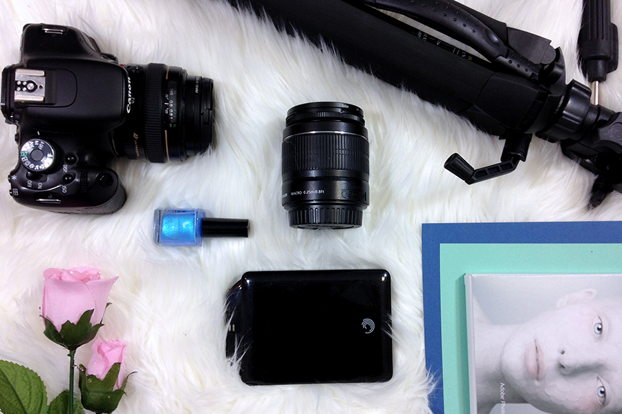 Free blogging photography kit. All the equipment you need.