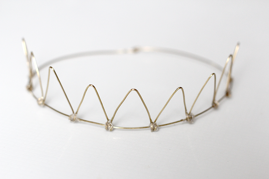 wire crown.png