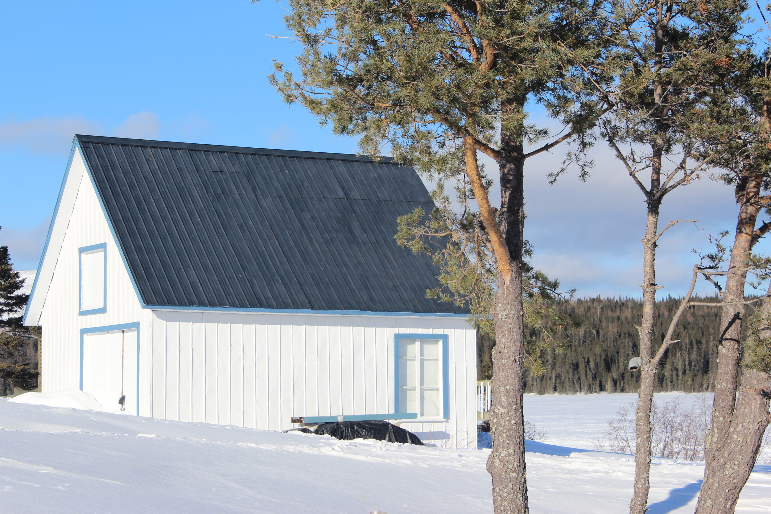 old style canadian ice house.JPG