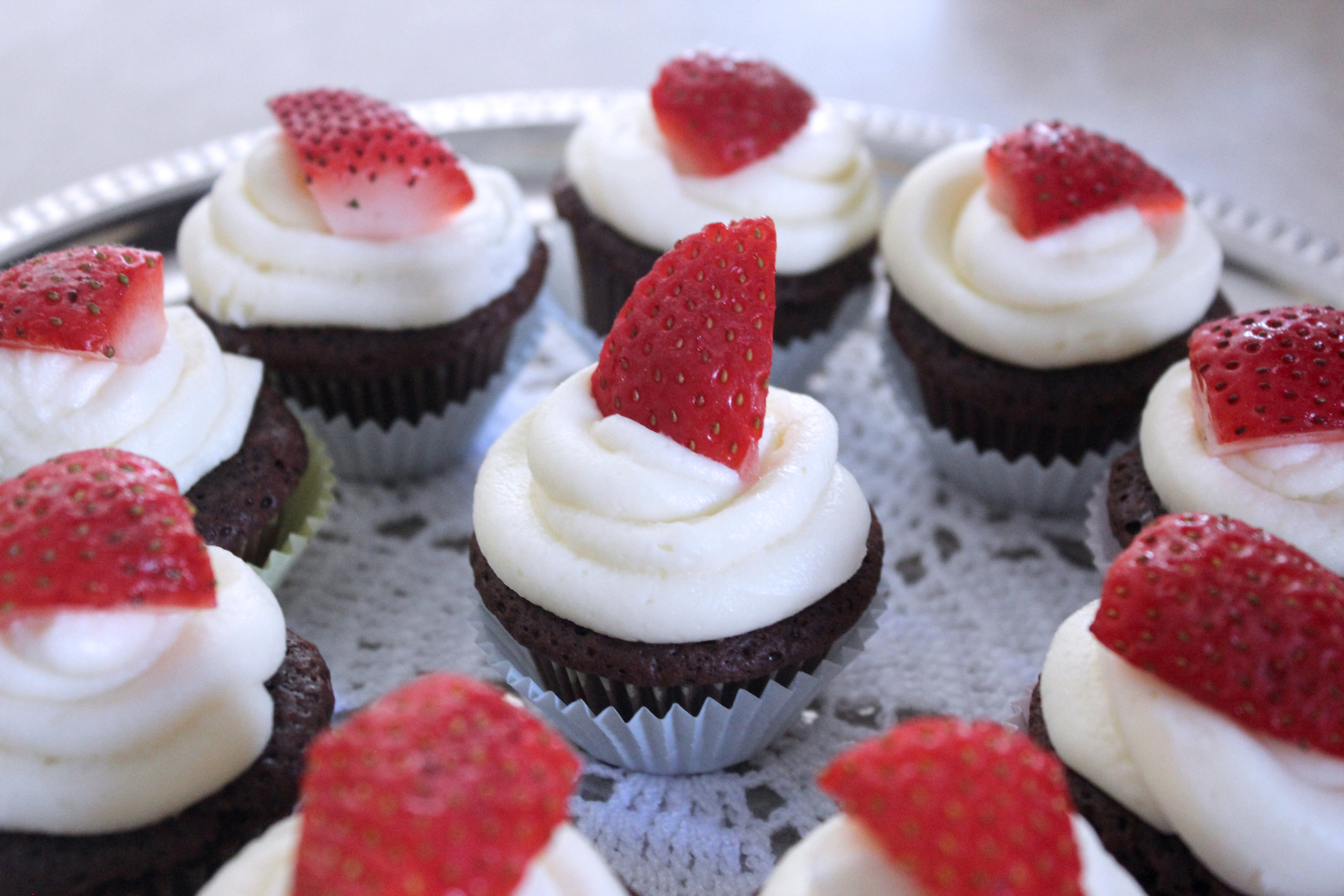 chocolate fudge brownie mini cupcakes with rich cream cheese frosting.jpg