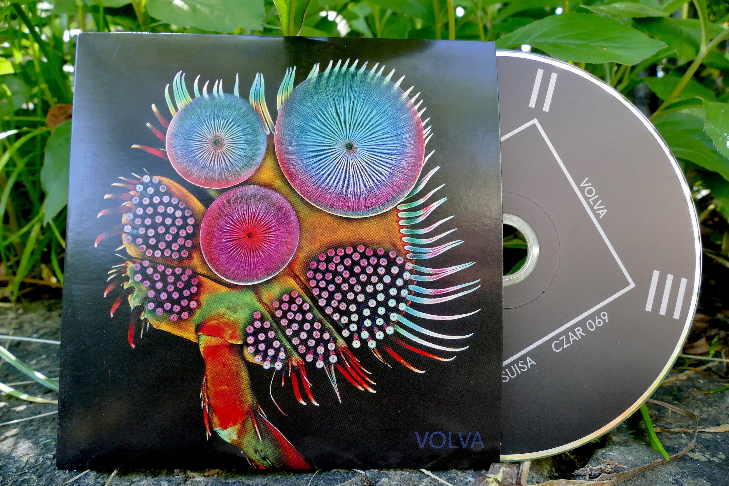 10.- - VOLVA CD400 Limited Edition
