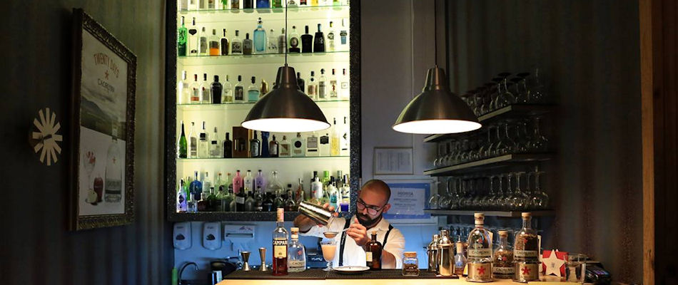 Best Bars Lisbon ~ Lisbonita Gin Bar