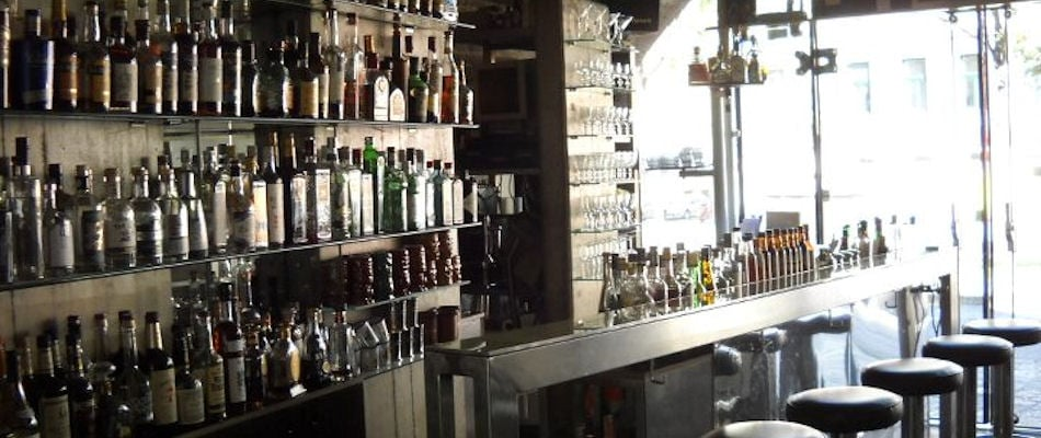 Best Bars Vienna ~ Bar Halbestadt