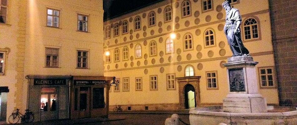 Best Bars Vienna ~ Kleines Cafe