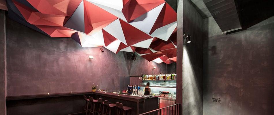 Best Bars Vienna ~ IF Dogs Run Free