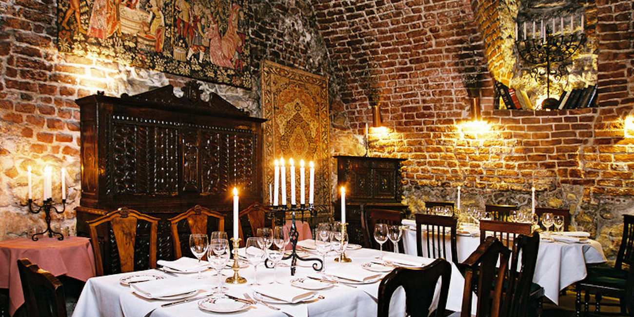 Best Restaurants Krakow ~ Cyrano De Bergerac / Photo: cyranodebergerac.pl