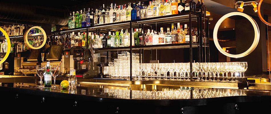 Best Bars Madrid ~ Gin Club / Photo:grupomercadodelareina.com