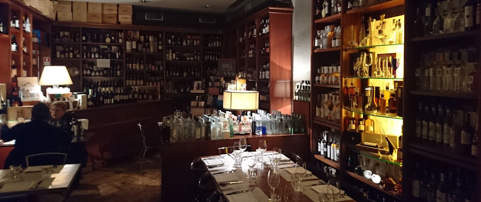 Best Bars Rome ~ Enoteca Del Frate / Photo: Best Bars Europe