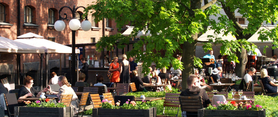 Best Bars Helsinki ~ Jailyard Terrace / Photo: hotelkatajanokka.fi