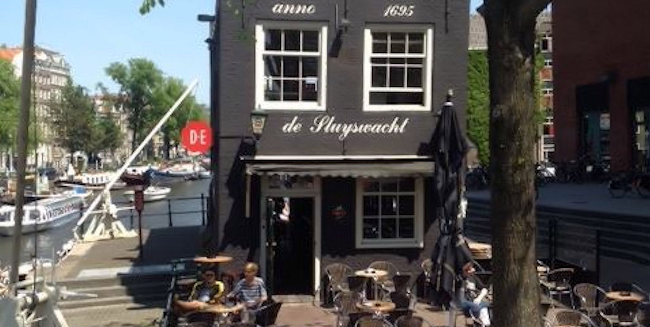 Best Bars Amsterdam ~ de Sluyswacht / Photo: Facebook Cafe-de-Sluyswacht