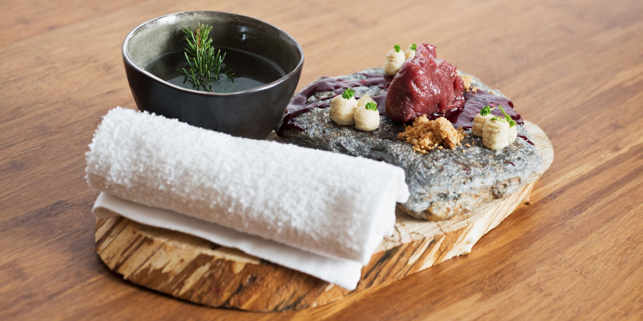 Best Restaurants Berlin ~ Ana & Bruno / Photo: Facebook Ristorante-Ana-e-Bruno