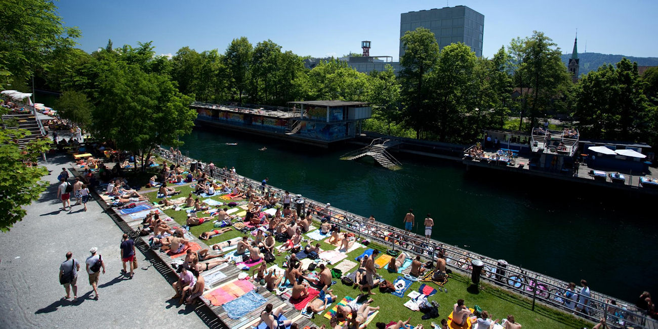 Best Bars Zurich ~ Oberer Letten / Photo: Facebook Flussbad-Oberer-Letten-ZH