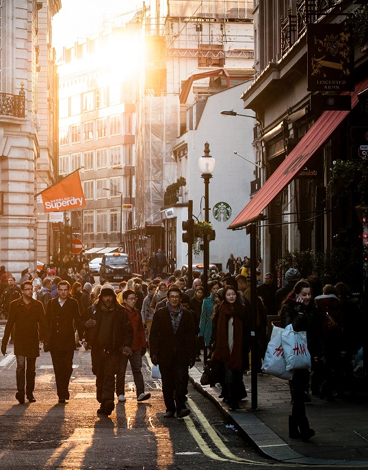 city-sunny-people-streetcut3.jpg