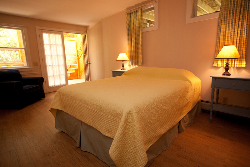 Downstairs Queen Bedroom 1