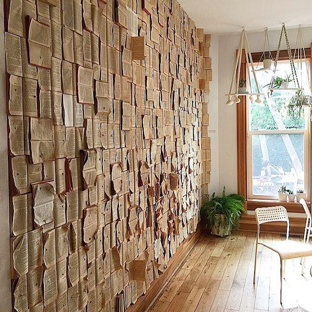 Still dreaming of this sunroom in @fikakensington in Kensington Market, Toronto 💫