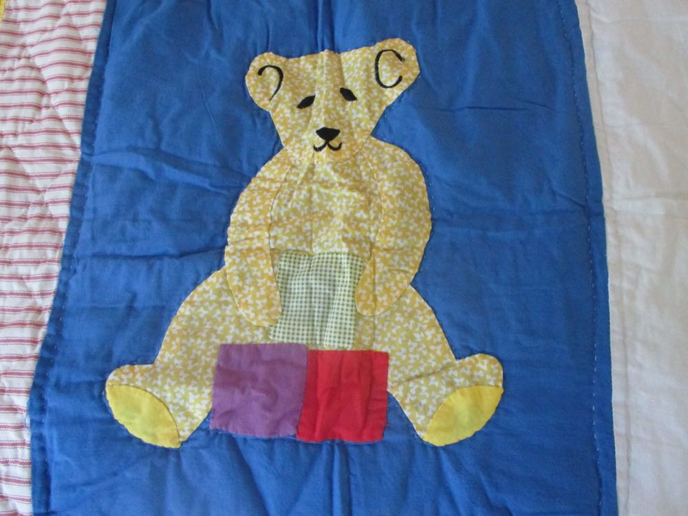 This applique bear was the inspiration for the bear I finally found for the gift set.
