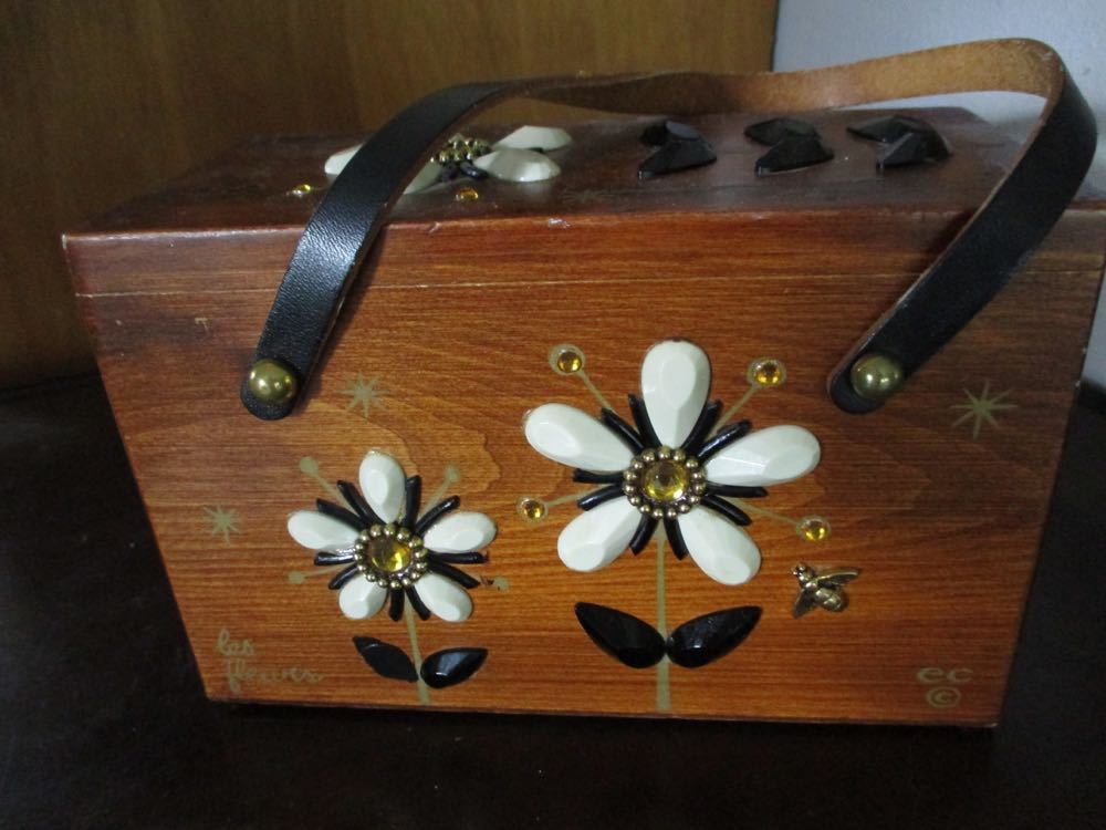 """Enid Collins """"signed"""" Les Fleurs Wood Purse is an easy gift to quickly personalize."""
