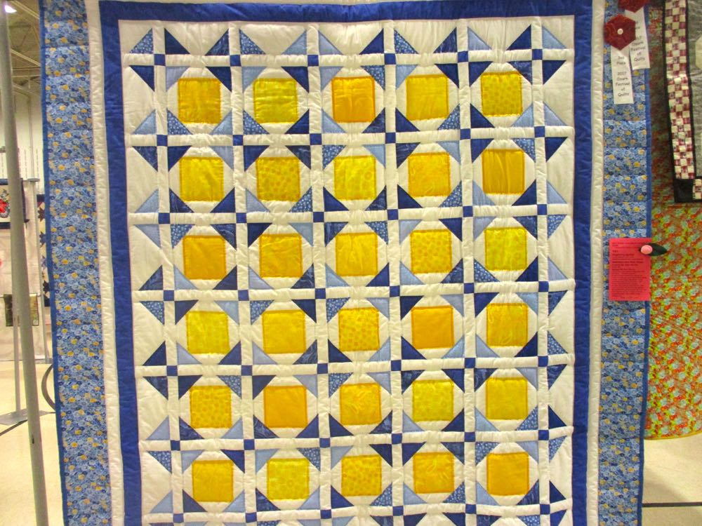 Sunshine Blue Skies handmade quilt from the 2017 Piece and Plenty Quilt Guild show. (Photo by Charlotte Ekker Wiggins)