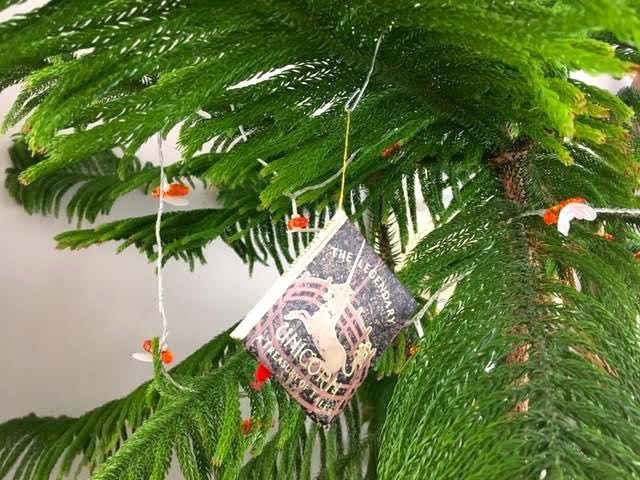 Unbent paper clip used as an ornament hanger. (Photo by Charlotte Ekker Wiggins)