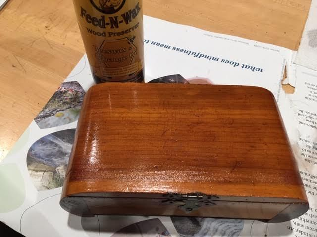 Scratched cedar box with a layer of Howerd Feed N Wax. (Photo by Charlotte Ekker Wiggins)